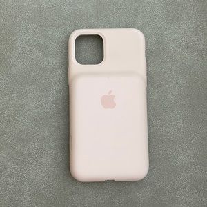 Fully functional Iphone 11 Pro Apple Charging case